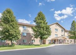 霍兰德贝蒙特套房酒店 - 霍兰(密歇根州) - 建筑