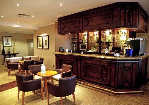 贝斯特韦斯特马赛机场酒店 - 维特罗勒 - 酒吧