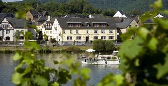 摩泽尔河畔酒庄和餐厅酒店 - 科赫姆