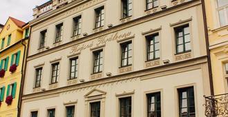 文艺复兴美丽女王酒店 - 卡罗维发利 - 建筑