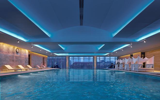 天津香格里拉大酒店 - 天津 - 游泳池