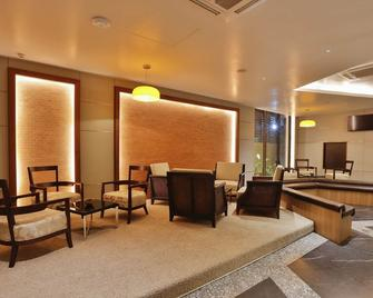 曼德勒83街联结精品酒店 - 曼德勒 - 休息厅