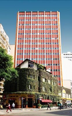 蒂巴日酒店 - 库里提巴 - 建筑