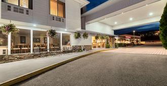 韦纳奇拉昆塔套房旅馆 - 韦纳奇