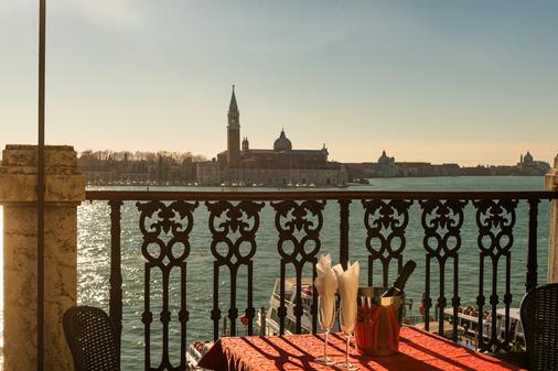 音乐赞歌酒店 - 威尼斯 - 阳台