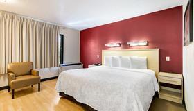 西棕榈滩红屋顶普拉斯+酒店 - 西棕榈滩 - 睡房