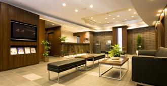 新横滨大和鲁内酒店 - 横滨 - 大厅