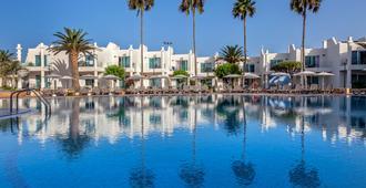 科拉莱霍巴塞罗沙滩酒店 - 科拉雷侯 - 游泳池