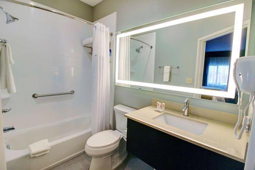 阿瑟港温德姆戴斯套房酒店 - Port Arthur - 浴室