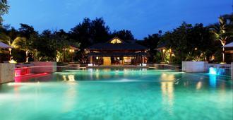 象岛盛泰乐热带雨林度假村 - 象岛 - 游泳池