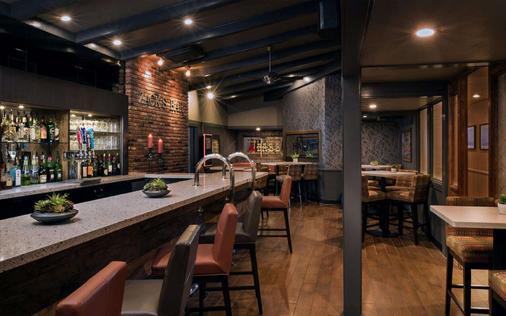 贝斯特韦斯特七海酒店 - 圣地亚哥 - 酒吧