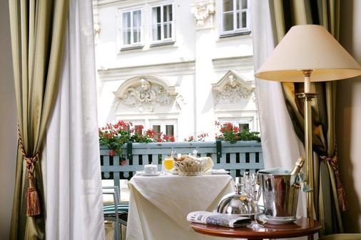 新艺术风格宫殿酒店 - 布拉格 - 阳台