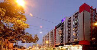 斯旺斯顿箭头酒店 - 墨尔本 - 建筑