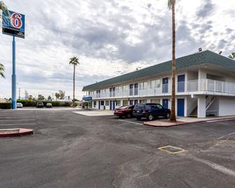加利福尼亚布莱斯 6 号汽车旅馆 - 布莱斯 - 建筑