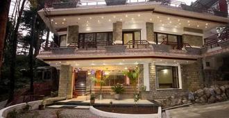 帝国酒店 - 达兰萨拉