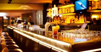 威斯巴登潘塔酒店 - 威斯巴登 - 酒吧