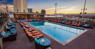 平流层大厦赌场酒店 - 拉斯维加斯 - 游泳池