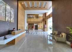 迪萊特大飯店 - 法里达巴德 - 大厅
