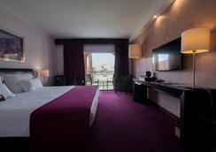 维拉盖尔普赖尔酒店 - 阿尔布费拉 - 睡房