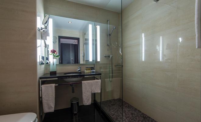 维拉盖尔普赖尔酒店 - 阿尔布费拉 - 浴室