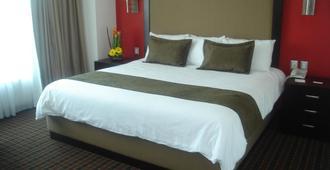 Pf套房酒店 - 墨西哥城 - 睡房