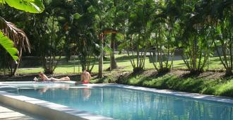 贝斯艾尔利海滩度假酒店 - 艾尔利滩 - 游泳池