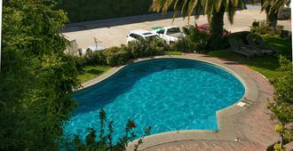 泛美酒店 - 普埃布拉 - 游泳池