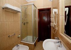 优美别墅 - 加里宁格勒 - 浴室