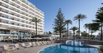 普拉亚德尔摩洛酒店 - 卡拉米洛 - 游泳池