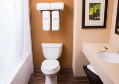 哥伦布机场美国长住酒店 - 哥伦布 - 浴室