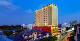 西佳孟加锡海滩酒店 - 马卡萨 - 建筑