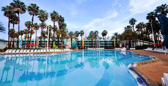 迪士尼全明星運動度假村 - 博伟湖 - 游泳池