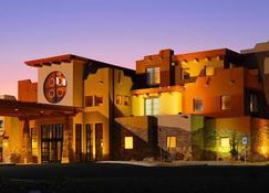 Moenkopi Legacy Inn & Suites - 蒂巴城 - 建筑