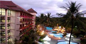 日惹嘉雅卡塔酒店及水疗中心 - 日惹