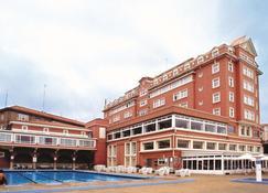 科鲁尼亚菲斯特雷 NH 系列酒店 - 拉科鲁尼亚 - 建筑