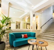 普里维罗奇皇家公寓酒店