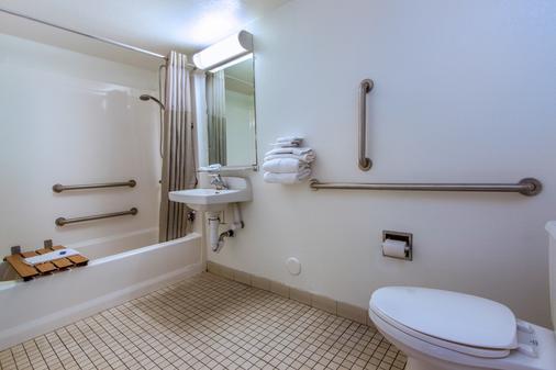 凤凰机场24街6号汽车旅馆 - 凤凰城 - 浴室