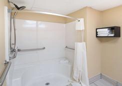 古德利茨维尔戴斯酒店 - Goodlettsville - 浴室