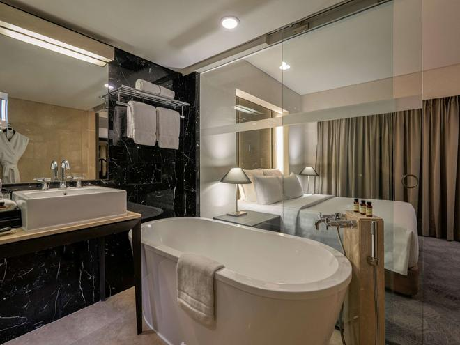 铂尔曼印尼雅加达酒店 - 雅加达 - 浴室