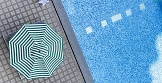 爵士特酒店 - 曼谷 - 游泳池