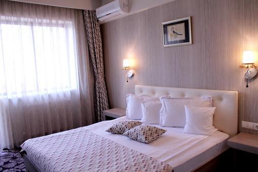 席尔瓦贝斯特韦斯特酒店 - 锡比乌 - 睡房