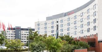 斯堪地赫尔辛基阿威亚波里斯酒店 - 万塔