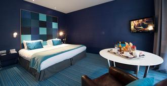 勒图凯假日酒店度假村 - 勒图凯 - 睡房