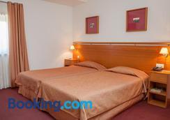 拉戈酒店 - 布拉加 - 睡房