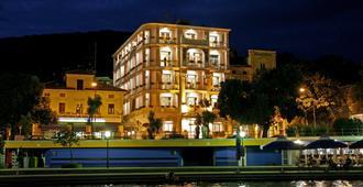 莫扎特酒店 - 奥帕提亚 - 建筑