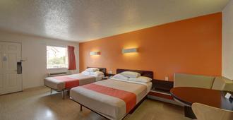 圣安东尼奥市中心6号汽车旅馆 - 市集广场店 - 圣安东尼奥 - 睡房