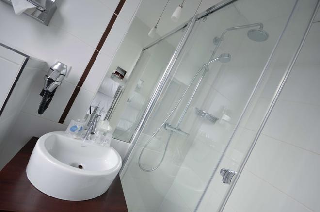 凯里亚德尊贵酒店-第戎中心 - 第戎 - 浴室
