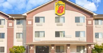 林奇堡速8酒店 - 林奇堡