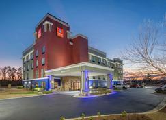 舒适套房酒店-威尔逊95号州际公路 - 威尔逊 - 建筑