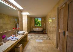 阿塔梅萨里别墅 - 乌布 - 浴室
